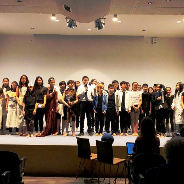 « Tourne la page », présentation de la pièce de théâtre créée par les élèves de 6e 12